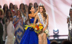 Miss Universe 2015, Pia Wurtzbach crowns Iris Mittenaere, Miss France 2016 the new Miss Universe at the conclusion The 65th MISS UNIVERSE® Telecast airing on FOX at 7:00 PM ET live/PT tape-delayed on Sunday, January 29 from the Mall of Asia Arena. The new winner will move to New York City where she will live during her reign and become a spokesperson for various causes alongside The Miss Universe Organization.